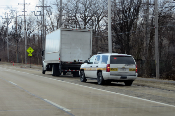 Illinois State Police Crack Down on Potentially Dangerous Truckers