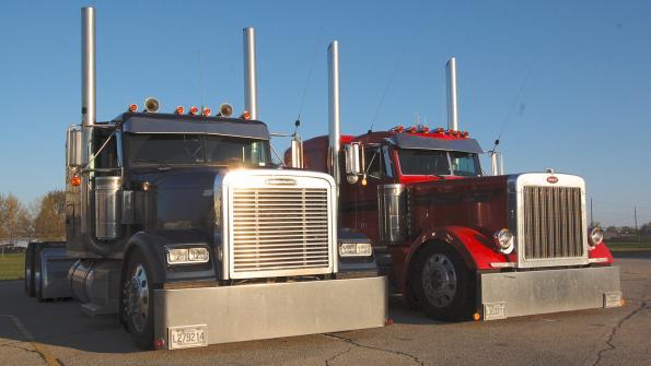 021017-peterbilt-trucks-small-carriers-1